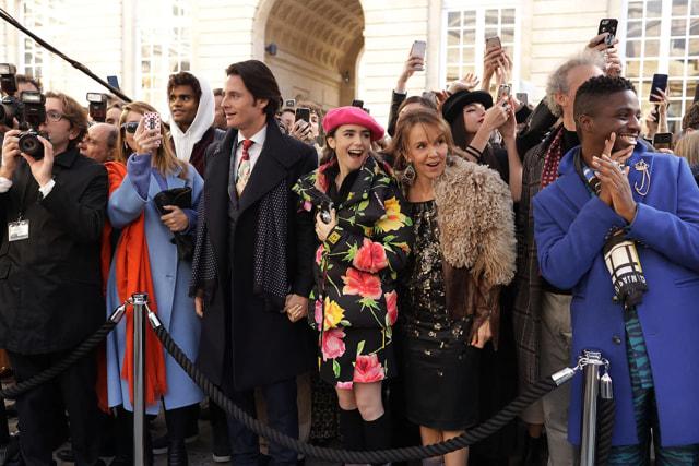 Segera Tayang: Serial Terbaru Netflix 'Emily in Paris' (2335)
