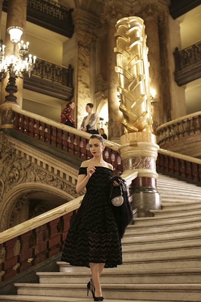 Segera Tayang: Serial Terbaru Netflix 'Emily in Paris' (2336)