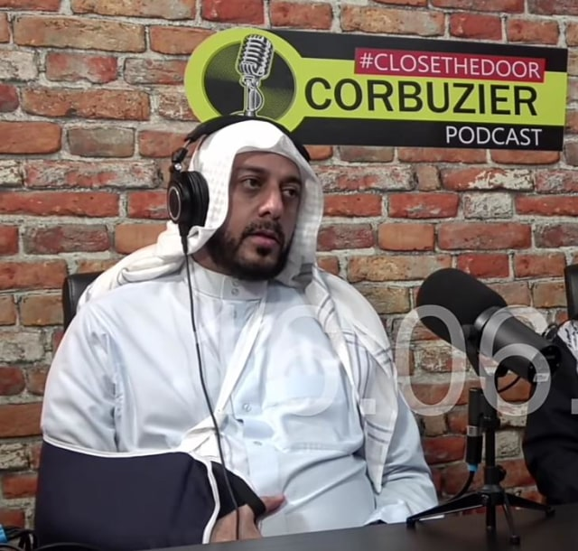 Syekh Ali Jaber: Lebih Baik Mengorbankan Diri Sendiri Daripada Mengorbankan Umat (3853)