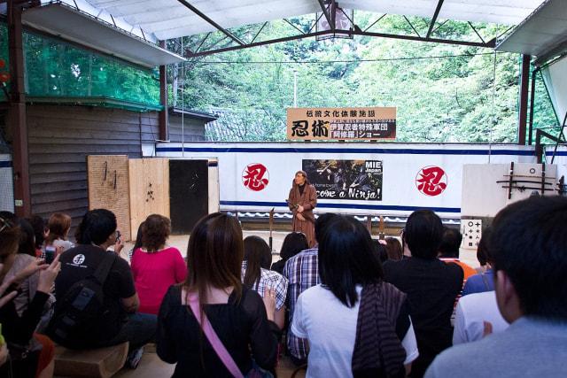 Dalam Waktu 3 Menit, Kawanan Perampok Bobol Brankas Museum Ninja di Jepang (17109)