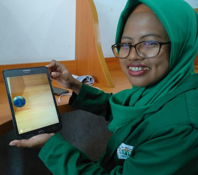 Mahasiswa Unusa Bikin Pembelajaran Tata Surya Pakai Augmented Reality (22670)