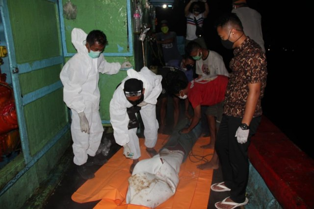 Kriminal Jabodetabek: Fakta Terbaru Mutilasi Rinaldi; 5 Mayat ABK di Freezer (225603)