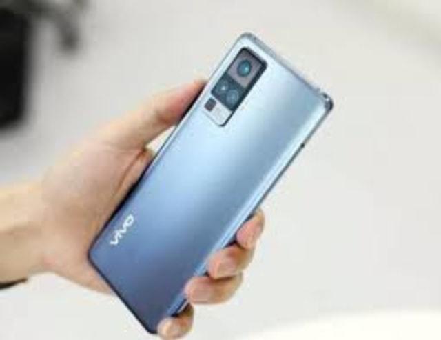 Harga HP Vivo Bulan September 2020, Ada yang Tipe Terbaru, lho! (311966)