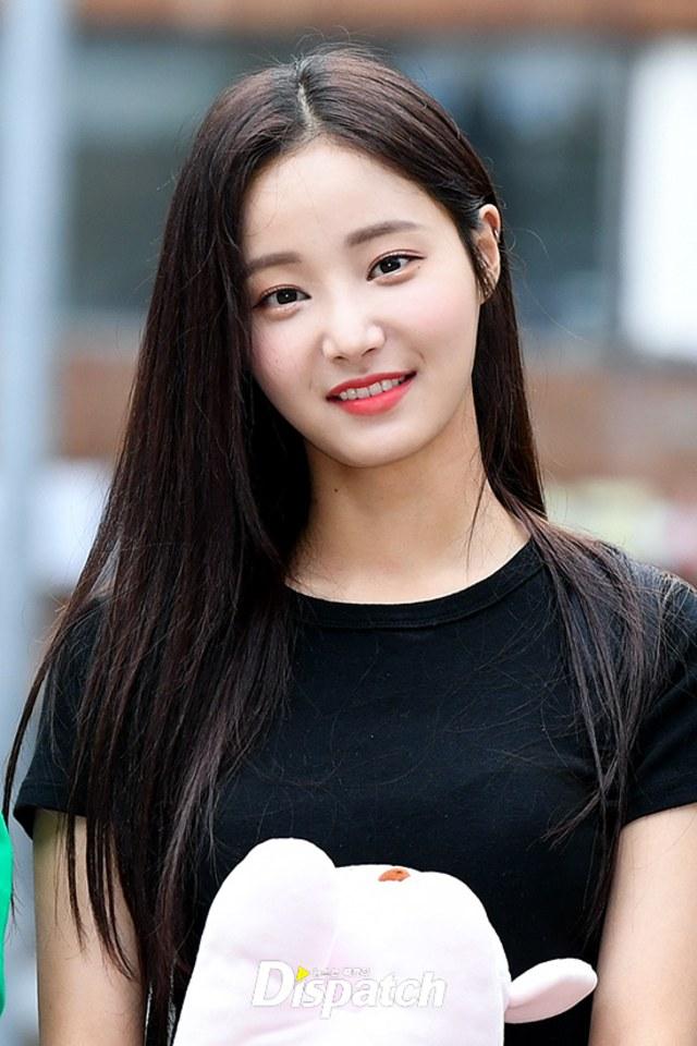 Yeonwoo Dan Idol Kpop Wanita Yang Punya Tinggi Di Atas Rata Rata Kumparan Com