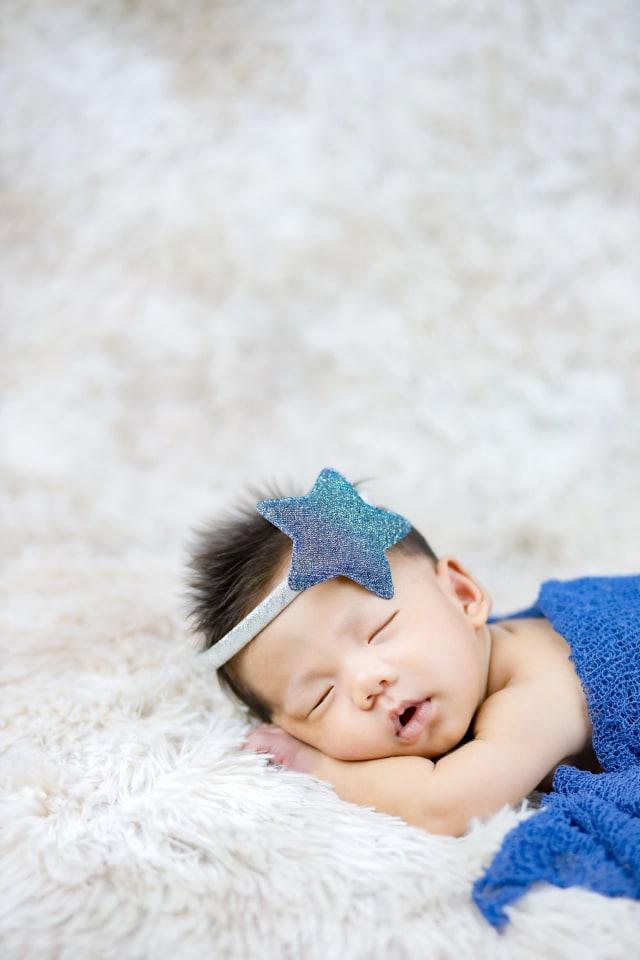 Tips Tingkatkan Perkembangan Otak Bayi Sesuai Usia (82907)