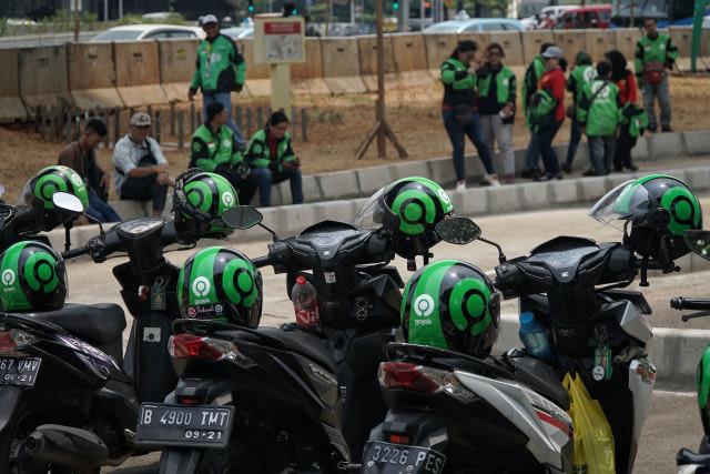 Dilema Hidup, Berjam-jam Driver Ojol Tunggu Orderan Baru Dapat Pas Lagi BAB (49348)