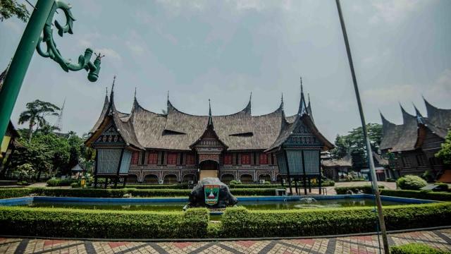 Buka Saat Jakarta PSBB Transisi, TMII Batasi Pengunjung 20 Ribu Orang Per Hari (391453)