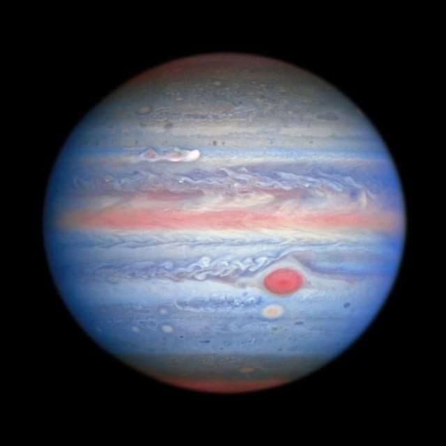 Ini Foto Planet Jupiter Warna Pastel, Lengkap Ada Bintik Merah Raksasa (24970)