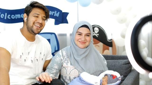 Cari Inspirasi Nama Bayi? Cek Nama 10 Anak Seleb yang Lahir Tahun 2020 (251664)