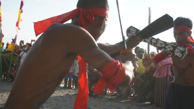 Foto: Semarak Festival Pantai Lapasi di Halmahera Barat (21926)