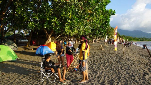 Foto: Semarak Festival Pantai Lapasi di Halmahera Barat (21934)