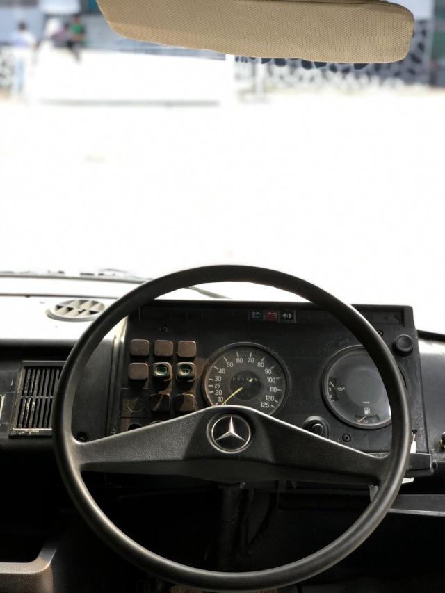 Saat Bus Klasik Mercedes-Benz Mejeng di Bursa Mobil Bekas, Berminat? (52919)