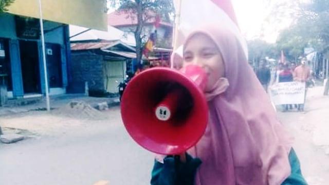Warga Mangoli di Kepulauan Sula Butuh Akses Internet (87777)