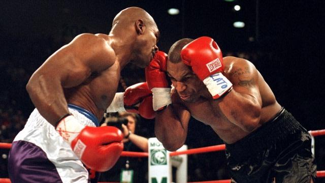 Sylvester Stallone Yakin Mike Tyson Masih Bahaya di Atas Ring (23528)