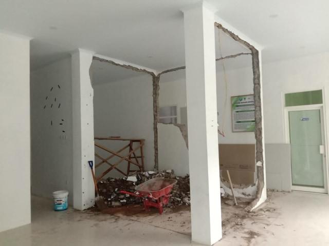 Pembongkaran Bangunan Labkesda Ternate Dibatalkan (710)