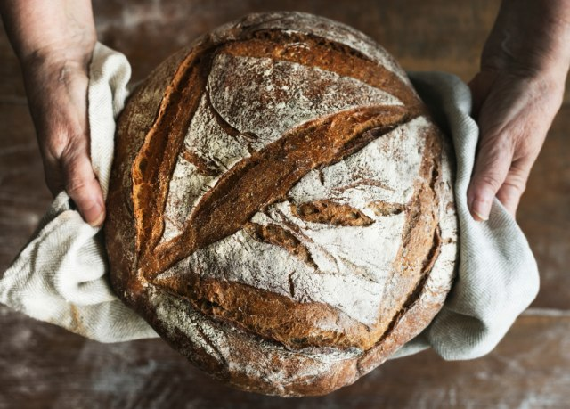 Apa Itu Roti Sourdough yang Diisukan Haram? (392643)