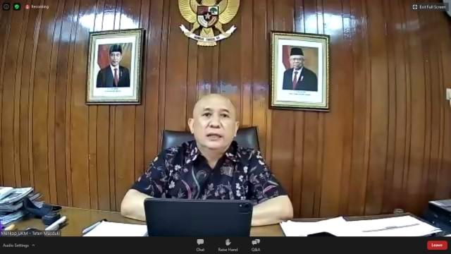 MenkopUKM: UMKM Mengisi 99 Persen Populasi Usaha di Indonesia (110318)