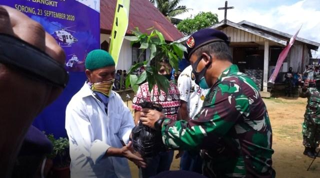 Alumni Akabri Altar'89 Distribusikan 3000 Paket Sembako di Sorong, Papua Barat (334)