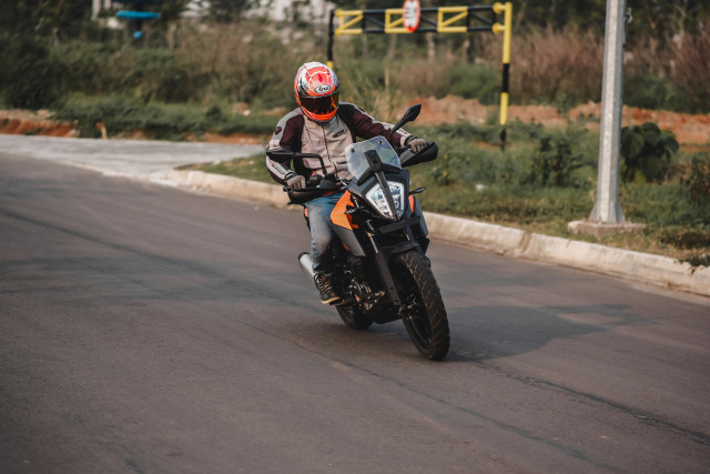 Foto: Gaspol KTM 390 Adventure di Trek Tanah (15193)