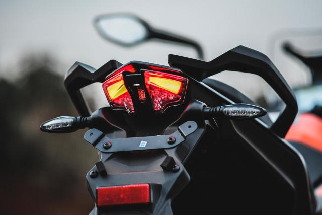 Foto: Gaspol KTM 390 Adventure di Trek Tanah (15218)