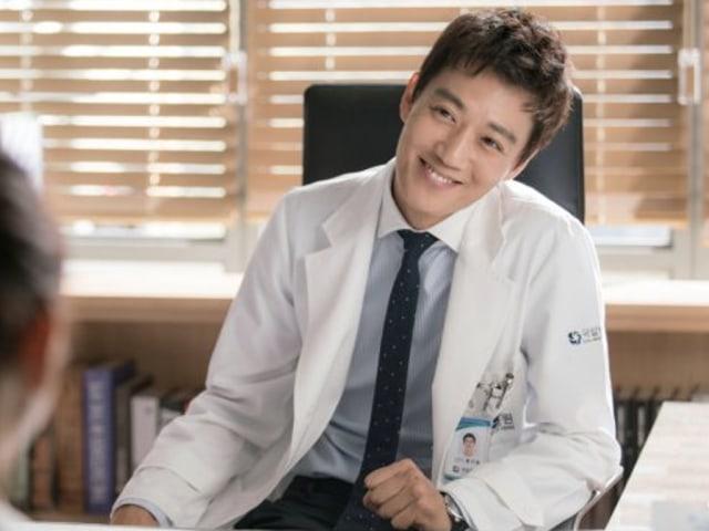 Ahn Hyeong Seop dan Aktor Tampan Lainnya yang Berperan Sebagai Dokter (212842)