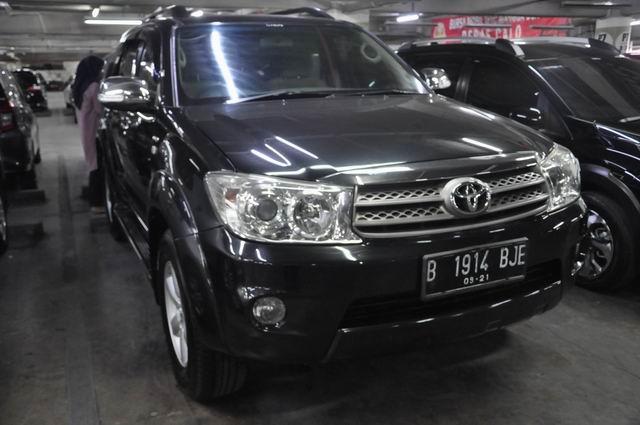 Berita Populer: Toyota Fortuner Bekas Rp 120 Juta, Masyarakat Tunda Beli Mobil (123348)