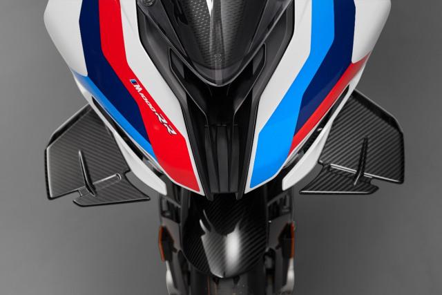 BMW Motorrad Kenalkan M 1000 RR, Motor Seri M Pertama di Dunia (42773)