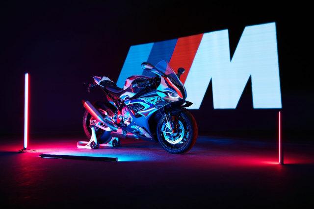 BMW Motorrad Kenalkan M 1000 RR, Motor Seri M Pertama di Dunia (42772)