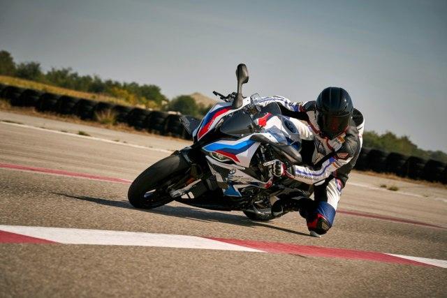 BMW Motorrad Kenalkan M 1000 RR, Motor Seri M Pertama di Dunia (42774)
