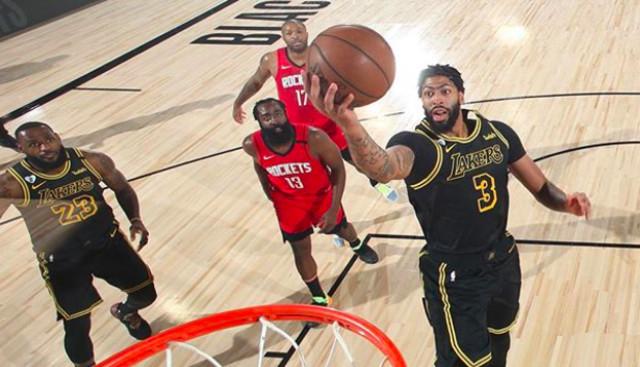 Menangkan Lakers di Detik-Detik Akhir, Anthony Davis Teriak 'Kobe!' (874395)