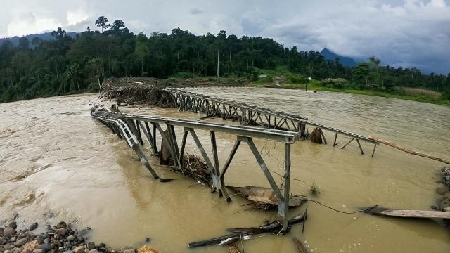 Hikayat Listrik dan Nasib Jembatan Roboh di Lembah Leuser, Aceh [2] (376579)