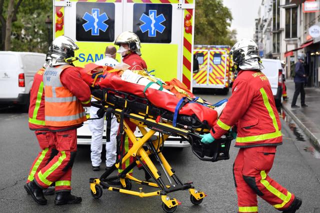 Serangan di Dekat Bekas Kantor Charlie Hebdo, 4 Orang Terluka (272371)