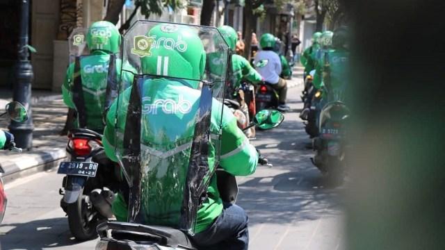 Tata Cara Lengkap Jadi Driver Gojek Dan Grab Kumparan Com