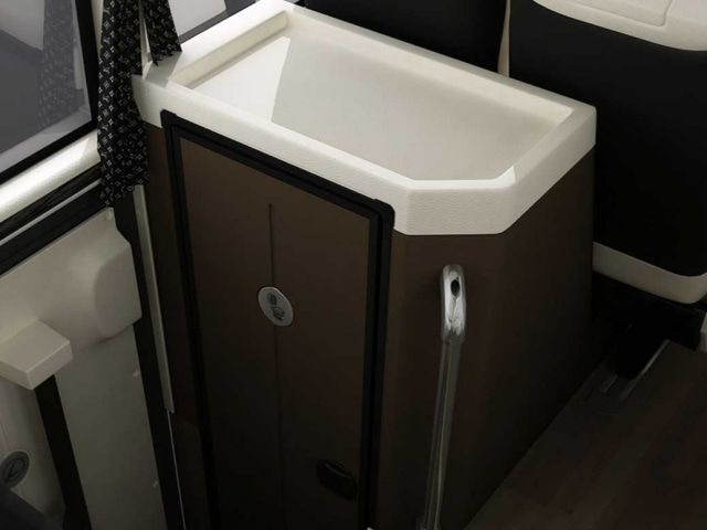 Alasan Bus Pariwisata Tak Dilengkapi Fasilitas Toilet (25651)