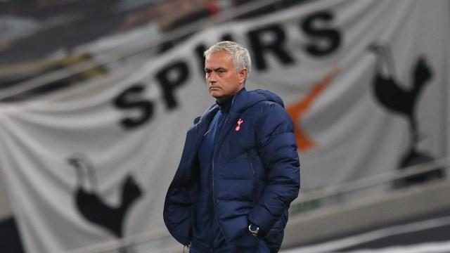 Tottenham vs Arsenal: Jose Mourinho Puji Taktik Arteta di Derbi London Utara (28347)