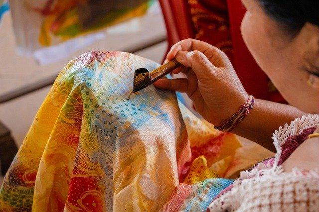 Sejarah Singkat dan Makna Batik Sebagai Warisan Budaya Dunia