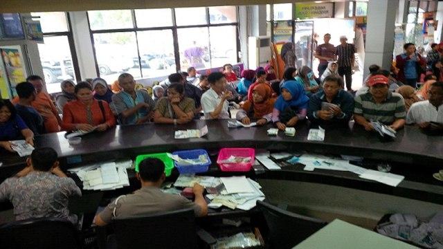 Pemprov Riau Untung Jalankan Program Pemutihan Pajak Kendaraan (10897)