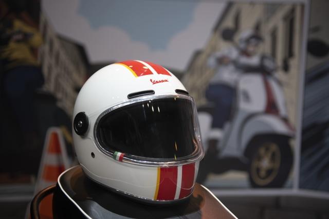 Edisi Terbatas, Helm Retro Race Vespa Racing Sixties Dijual Mulai Rp 1,9 Juta (65761)
