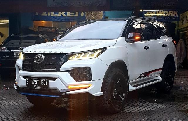 Bikin Toyota Fortuner VRZ Bertampang Facelift, Segini Biayanya (75257)