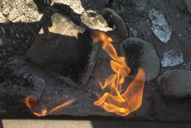 Api Abadi Mrapen Padam, Ini 5 Tempat Wisata Api Abadi Lain di Indonesia (152638)