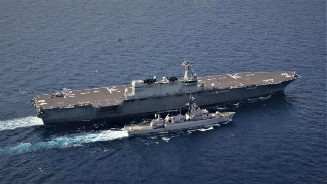 Aksi Kapal Perang TNI AL dan AL Jepang Latihan Bersama di Natuna Utara (2)