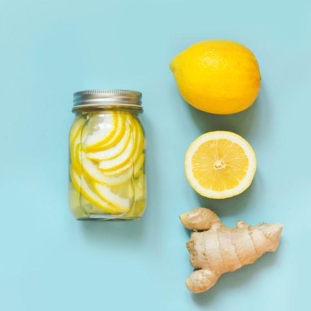 Kata Ahli, Rutin Minum Air Lemon Bisa Stabilkan Berat Badan sampai Cegah Kanker (332950)