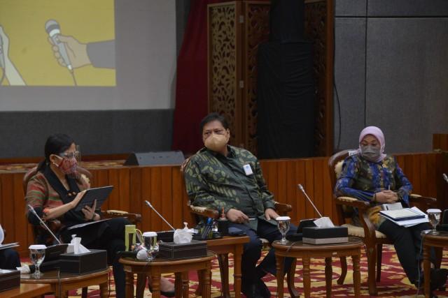 Kepala BKPM: UU Cipta Kerja Bisa Permudah Anak Muda Jadi Pengusaha (101220)