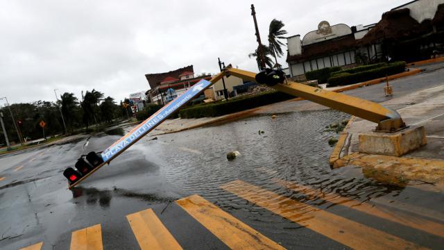 Badai Delta (Hurricane Delta) Terjang Meksiko