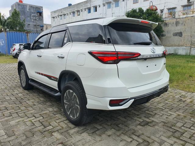 Bocoran Ubahan dan Fitur Toyota Fortuner Facelift yang Rilis 15 Oktober 2020 (239096)