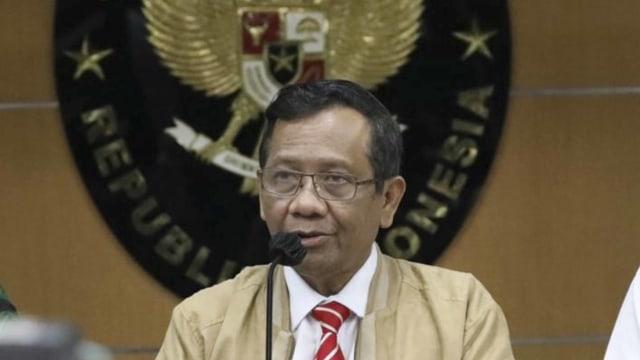 Mahfud MD soal Kerumunan Rizieq: Pemprov DKI Tanggung Jawab; Janji Tindak Tegas (46481)