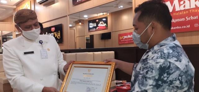 Warung Kuliner 'MakanKu' Solo Sajikan Menu Higienis, Terapkan Protokol Kesehatan (8908)