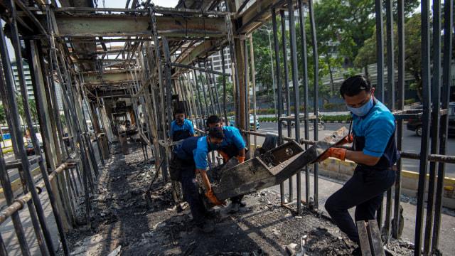 Kriminal Jabodetabek: 20 Pembakar Halte Ditangkap; Bocah Ditusuk Penjambret (63053)