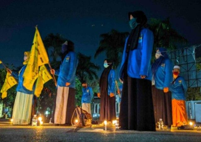 Aliansi BEM dan OKP di Kotim, Kalteng, Tolak Omnibus Law dengan Doa Bersama (265338)