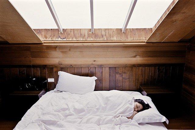 5 Manfaat Tidur Tanpa Bra yang Perlu Diketahui (216511)